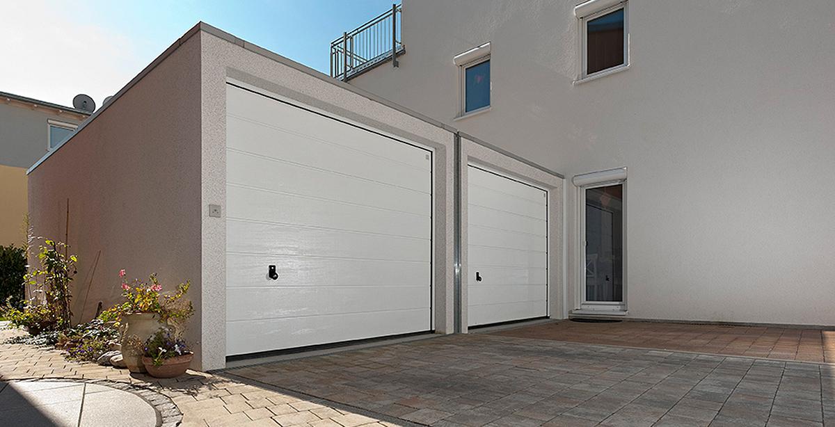 Doppelgarage mit Direktanschluss an Haus